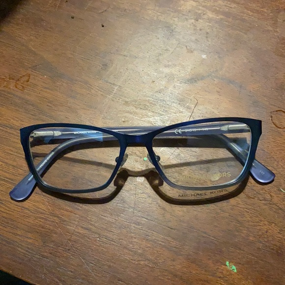 Michael Kors Eyeglasses MK343 color 401